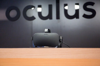 Oculus founder Luckey slams Apple, no Mac Oculus Rift support for now