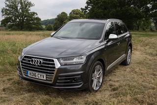 audi sq7 review image 21
