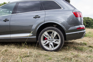 audi sq7 review image 22