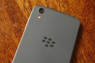 blackberry dtek50 review image 26