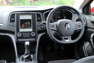 renault megane 2016 review image 14
