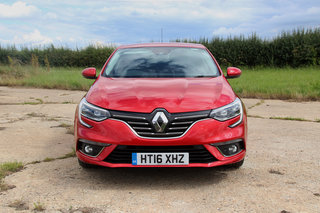 renault megane 2016 review image 2