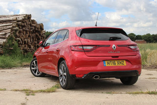 renault megane 2016 review image 4