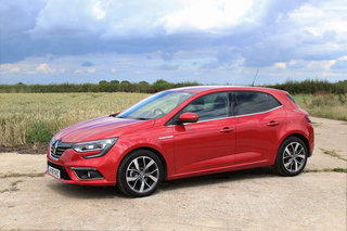 renault megane 2016 review image 6
