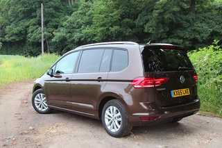 volkswagen touran review image 2