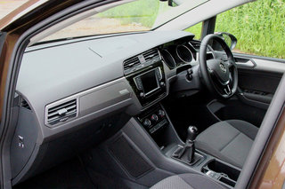 volkswagen touran review image 7