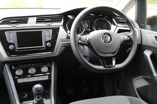 volkswagen touran review image 8