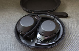 sony mdr 1000x review image 2