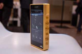 the sony nw wm1z is a 3300 walkman for the audiophile generation image 4