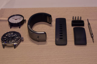 SGNL smart watch strap will let you make calls using your fingertip, like James Bond