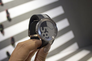Sony FES Watch U The e-paper watch that costs more than an Apple Watch image 2