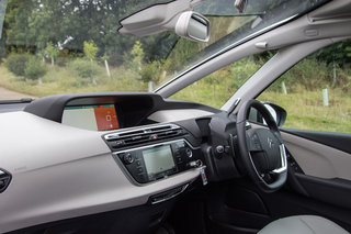 citroen grand c4 picasso review image 12