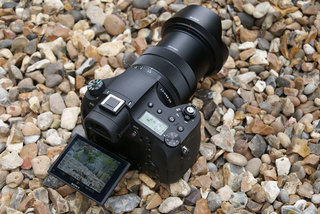 sony rx10 iii review image 2