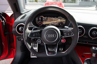 audi tt rs review image 38