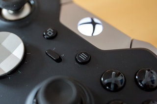 Xbox One controller will soon support Samsung Gear VR headset