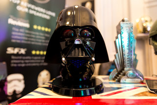 halo master chief and darth vader bluetooth speakers in the flesh both on pre order now image 13