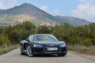 audi r8 spyder 2016 review image 2