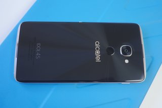 alcatel idol 4s with windows 10 review image 10