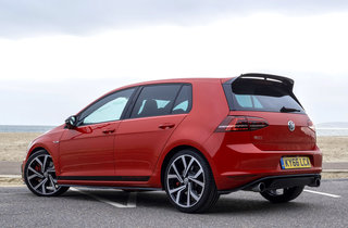 volkswagen golf gti clubsport edition 40 review image 2