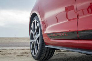volkswagen golf gti clubsport edition 40 review image 5