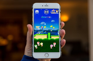 Super Mario Run cannot be played offline, the non-mobile mobile game