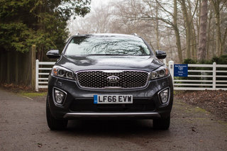 kia sorento review image 3