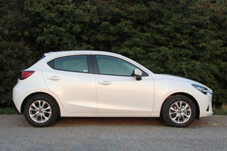 mazda 2 review image 2