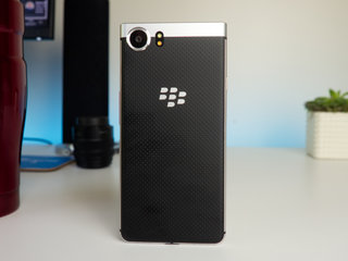 blackberry keyone review image 3