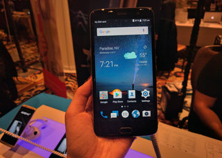 ZTE Blade V8 Pro preview: Dual camera action on a budget