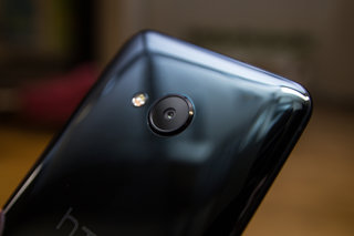 htc u play preview image 4