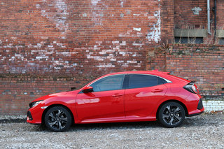 Honda Civic 2017 review image 5