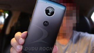 Fotos reais do Moto G5 confirmam metal de volta e Android 7.0 Nougat