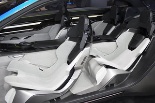 stunning instinct concept car shows peugeot s vision of an autonomous driving future image 9