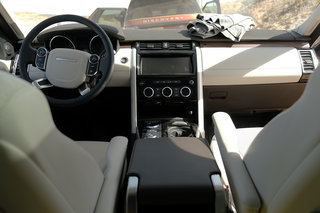 land rover discovery 2017 interior image 1
