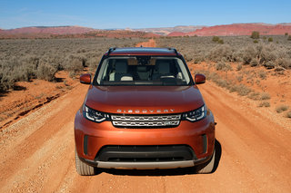 land rover discovery 2017 review image 4