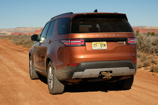 land rover discovery 2017 review image 8