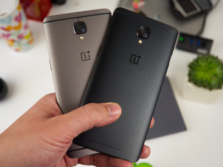 this is the limited edition oneplus 3t in midnight black image 3