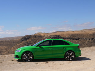 audi rs3 saloon review image 3
