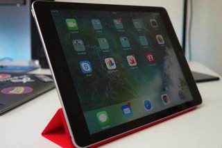 Apple iPad 2017 image 5