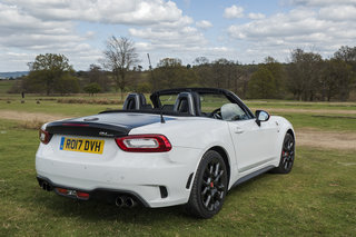 abarth 124 spider review image 7