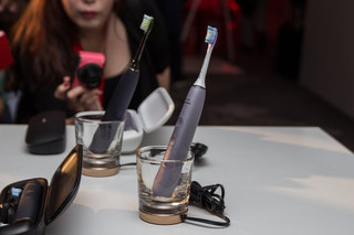 Philips Sonicare DiamondClean Smart wants to make oral care sexy with connected toothbrush