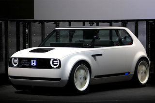 future electric cars the battery powered cars that will be on the roads within the next 5 years image 23