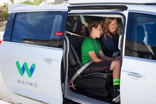 Google Waymo offers self-driving car rides to public for first time