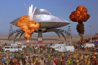 19 best movie and tv spaceships the star craft that defined our childhood image 9