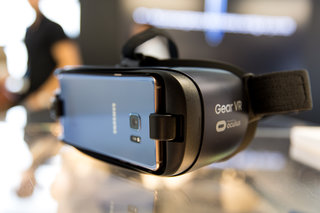 Gear VR now supports Chromecast: Here's how to stream VR to you