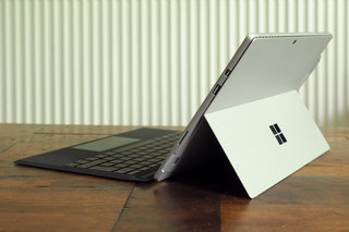 microsoft surface pro 2017 review image 6