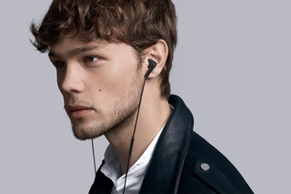 B&O Play BeoPlay E4 noise-cancelling in-ears promise uninterrupted Scandi sound