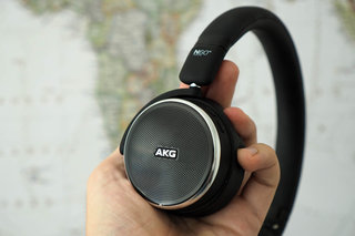 AKG N60NC Wireless review image 2