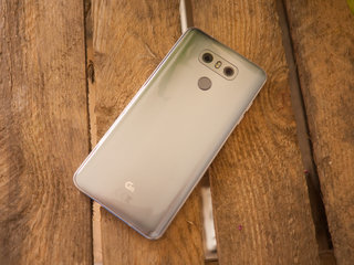 Is LG working on a mini LG G6 smartphone called LG Q6?