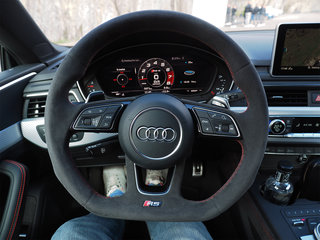 Audi RS5 interior image 2